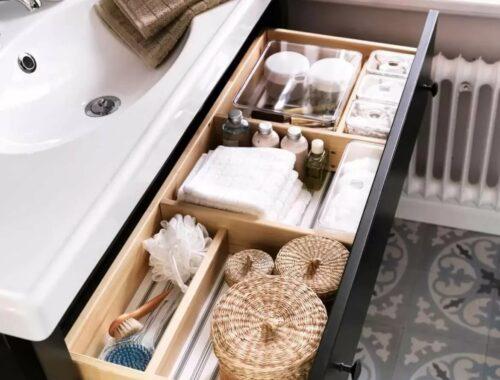 порядок в ванной в шкафчиках