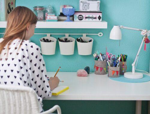 Порядок на рабочем столе ребенка