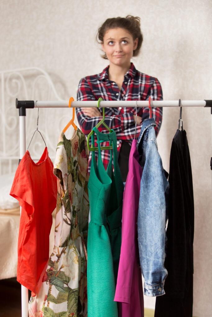 расхламление шкафа гардероба